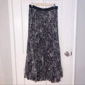 bcbg maxazria snakeskin pleated maxi skirt